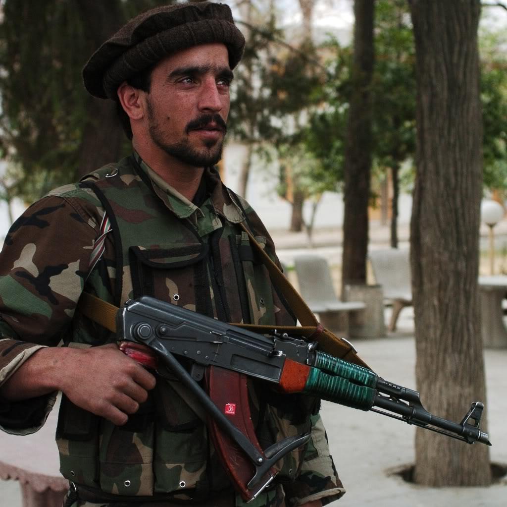 Mujahedinul de serviciu